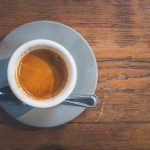 機内でコーヒーを注文