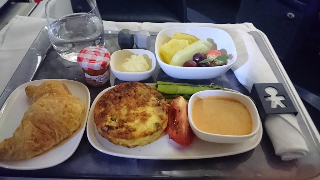 機内食はおかわりできる?