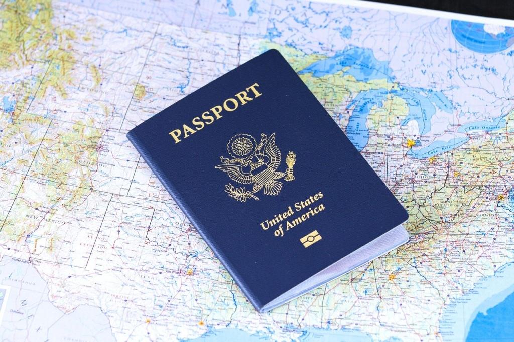 パスポートホルダーおすすめ