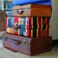 スーツケースを預かって
