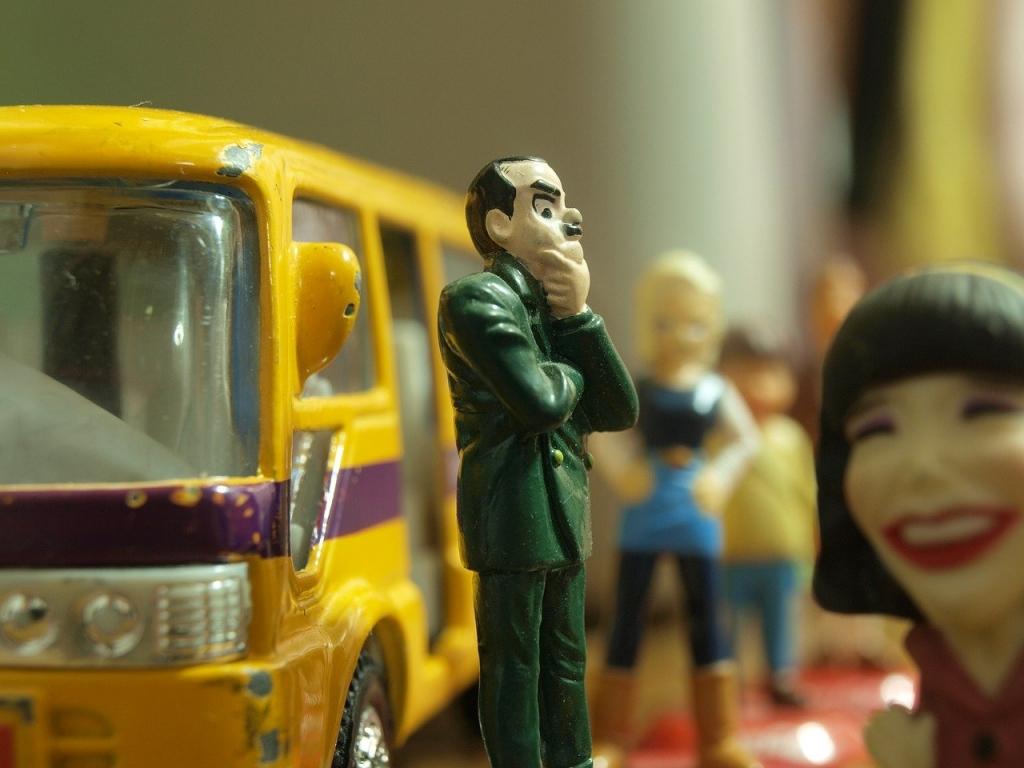 英語で「バス停はどこ」